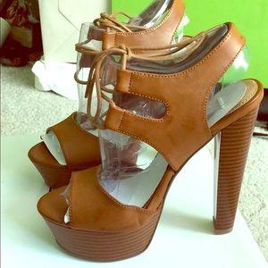 BRAND NEW Steve Madden Dashhh heels